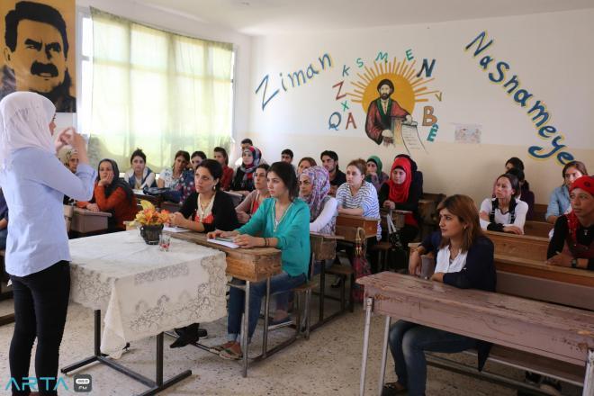 الخابور | فشل مناهج الإدارة الذاتية يدفع بالطلاب إلى مقاطعة المدارس